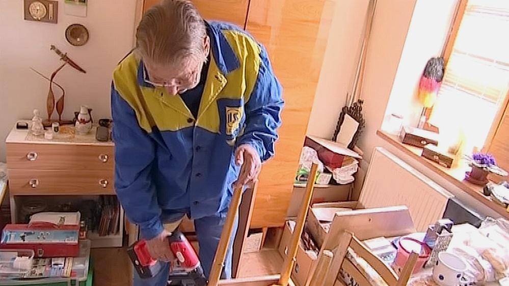 Lidé v ubytovně musejí pomáhat s uklízením a opravami
