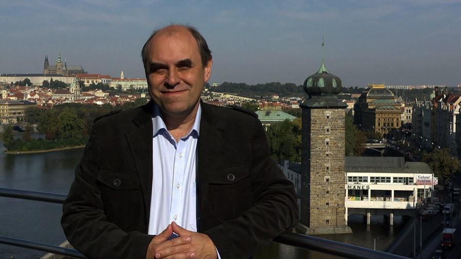 Miroslav Táborský při natáčení cyklu ČT Národní klenoty