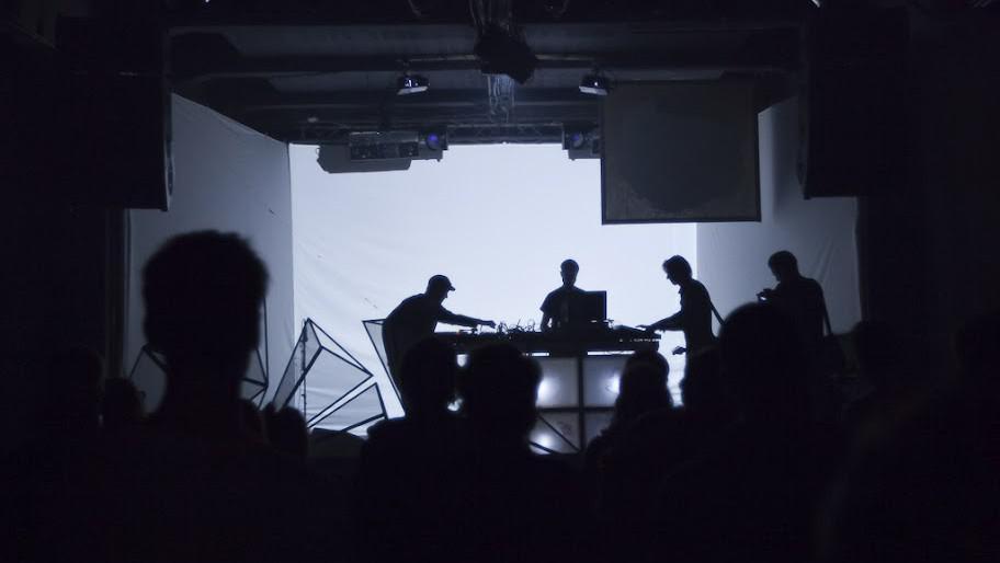 Audiovizuální sdružení Opuka se předvedlo na hlavní scéně
