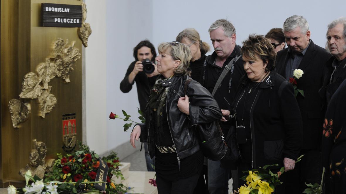 Poslední rozloučení s Bronislavem Poloczkem