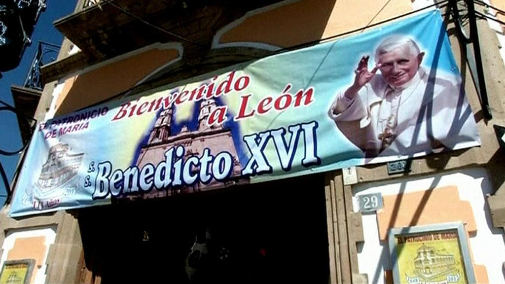 Přípravy na příjezd papeže v Mexiku