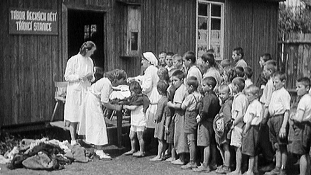 Řecké děti na táboře