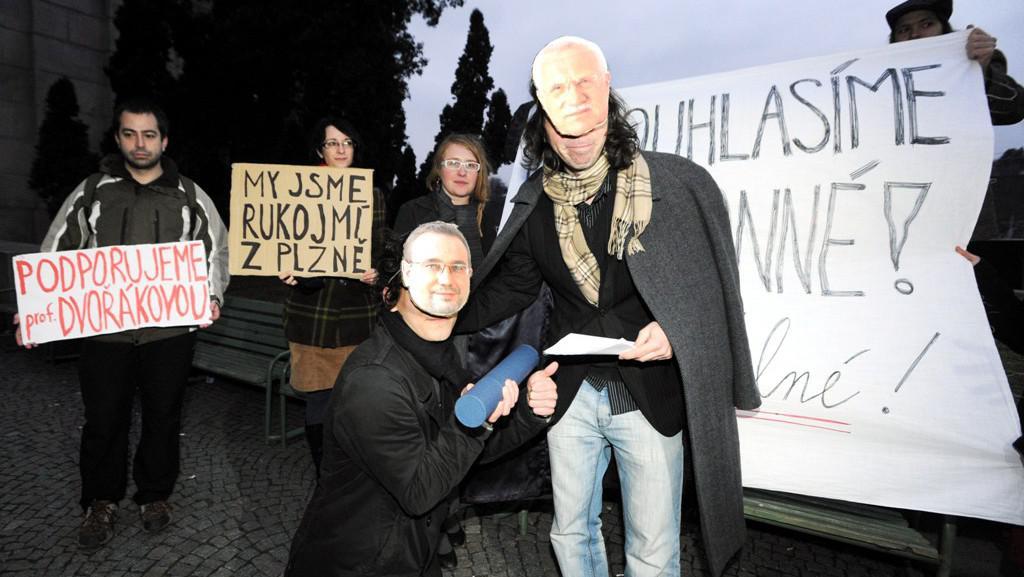 Protest proti rozhodnutí Josefa Dobeše