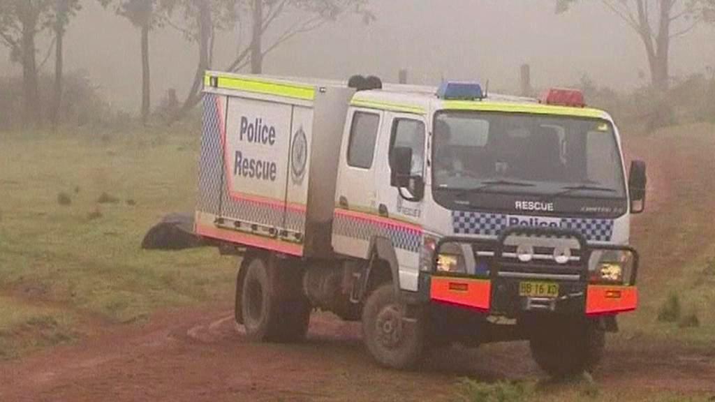 Zásah australské policie proti Malcolmovi Nadenovi
