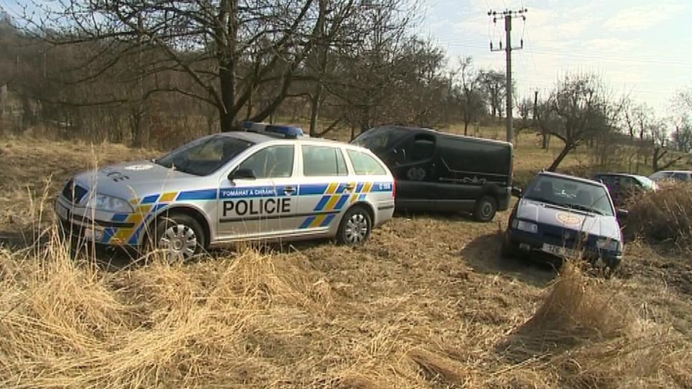 Policie na místě vyšetřovala příčiny požáru