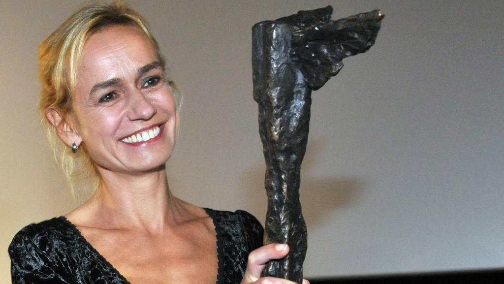 Sandrine Bonnaireová s cenou Kristián
