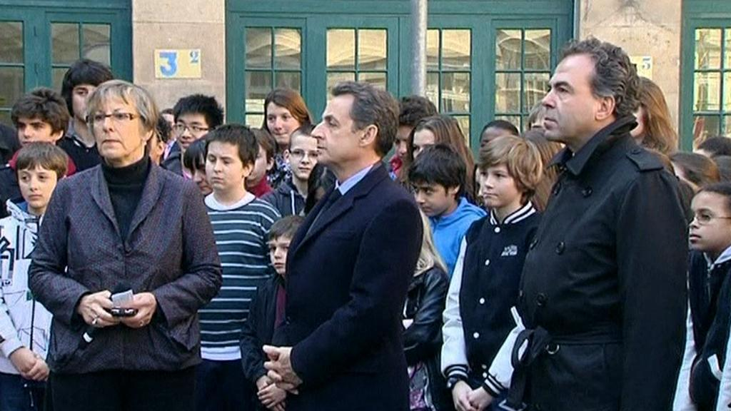 Sarkozy drží minutu ticha za oběti z Toulouse