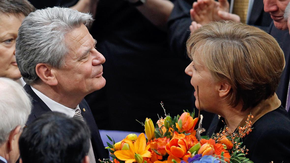 Joachim Gauck a Angela Merkelová