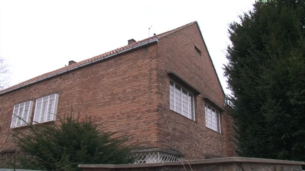 Vlastní dům Jindřicha Kumpošta, který majitelé udržují v celé jeho kráse