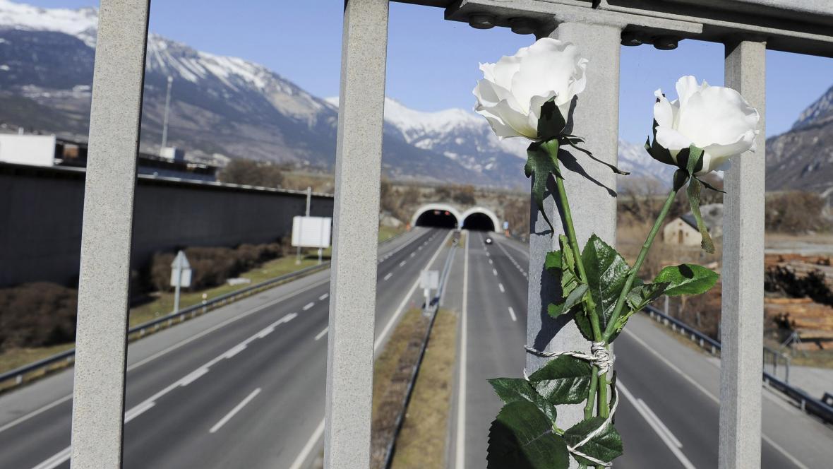 Tunel, kde havaroval belgický autobus