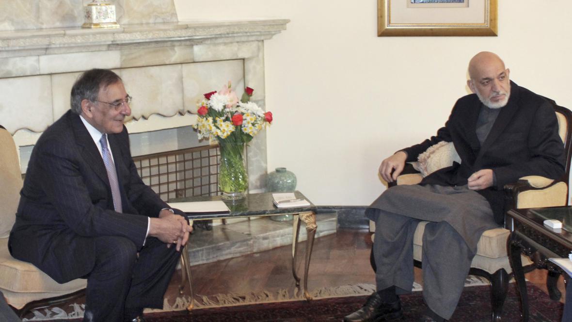 Leon Panetta a Hamíd Karzáí