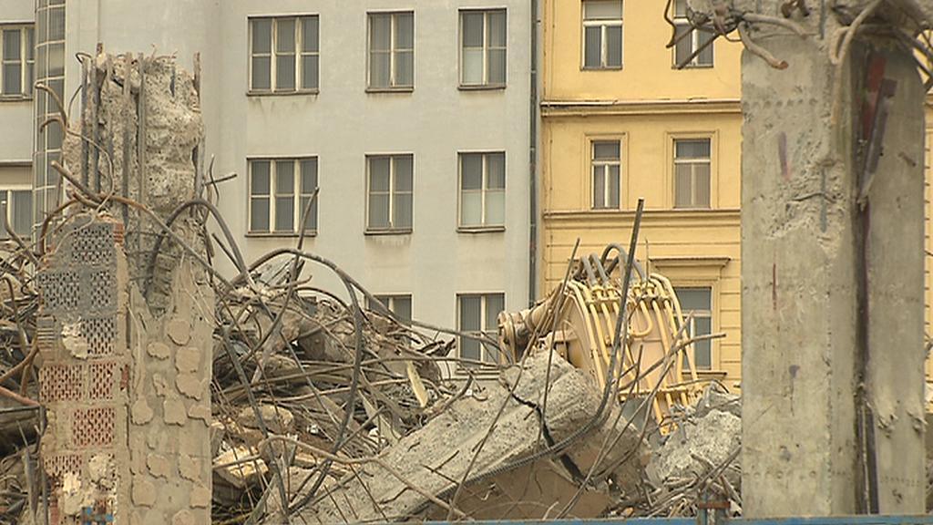 Zbytky bývalé budovy Rudého práva