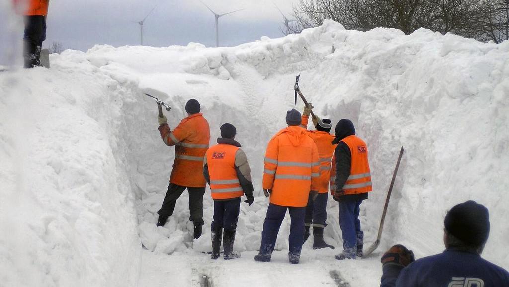 Úklid sněhu na kolejích