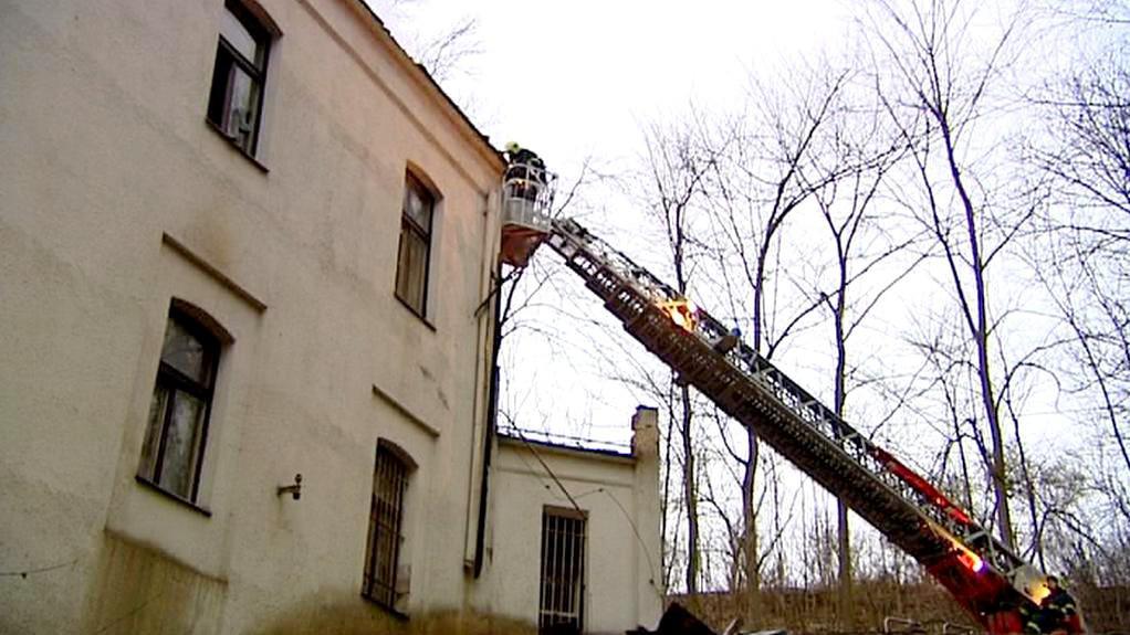 Požár internátu v areálu klubu Rudá Hvězda