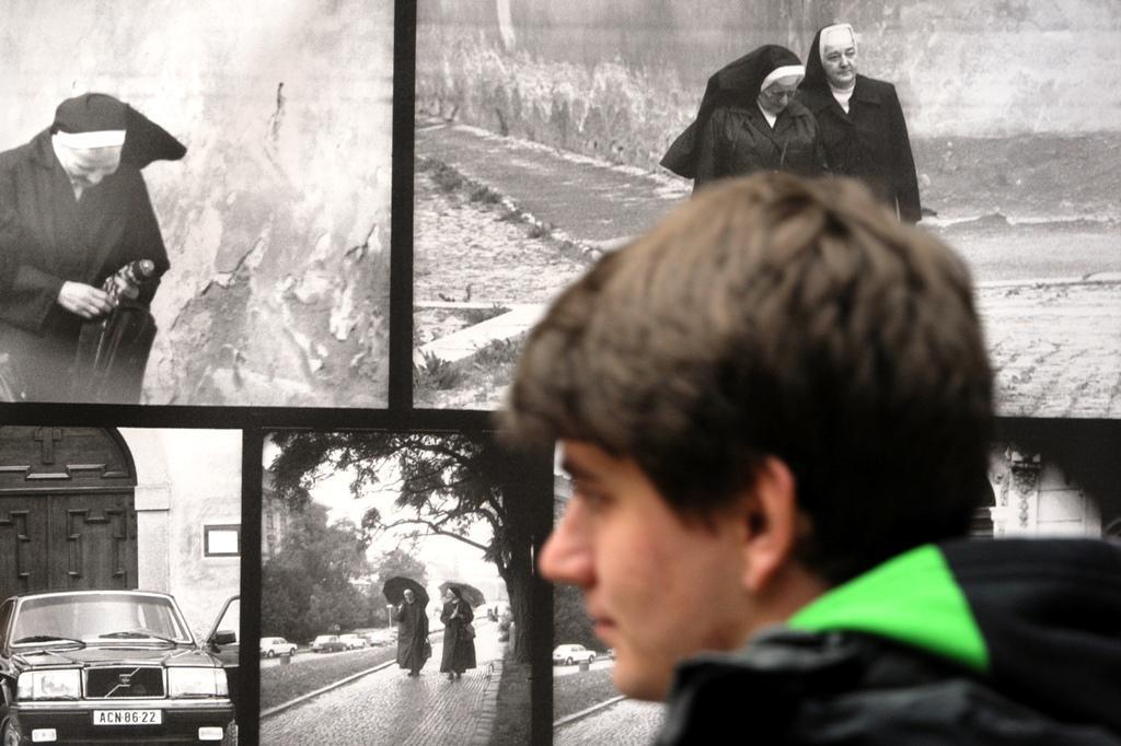Výstava Praha objektivem tajné policie