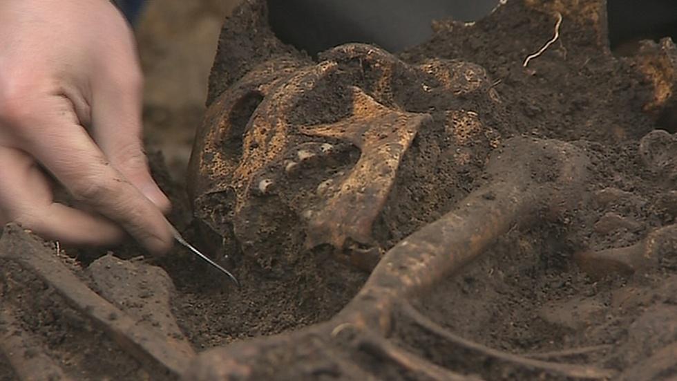 Kostra muže z doby bronzové objevená u Zlína