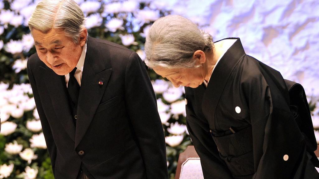 Japonci uctili oběti zemětřesení