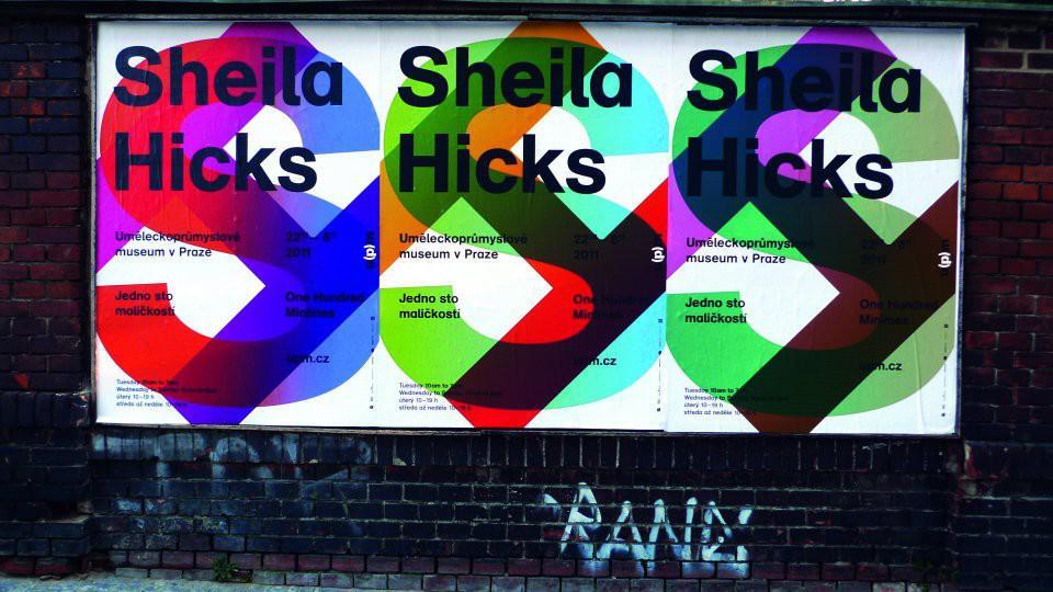 Štěpán Malovec / plakát k výstavě Sheila Hicks (UPM v Praze)