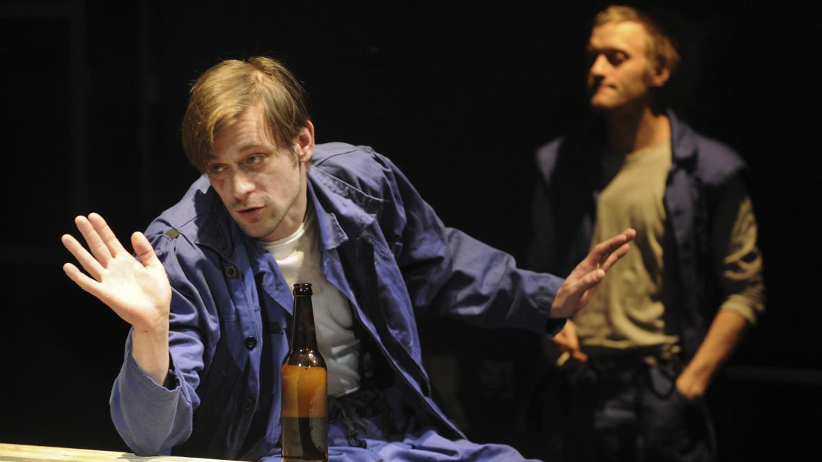 Jan Plouhar v roli mlynáře Vávry
