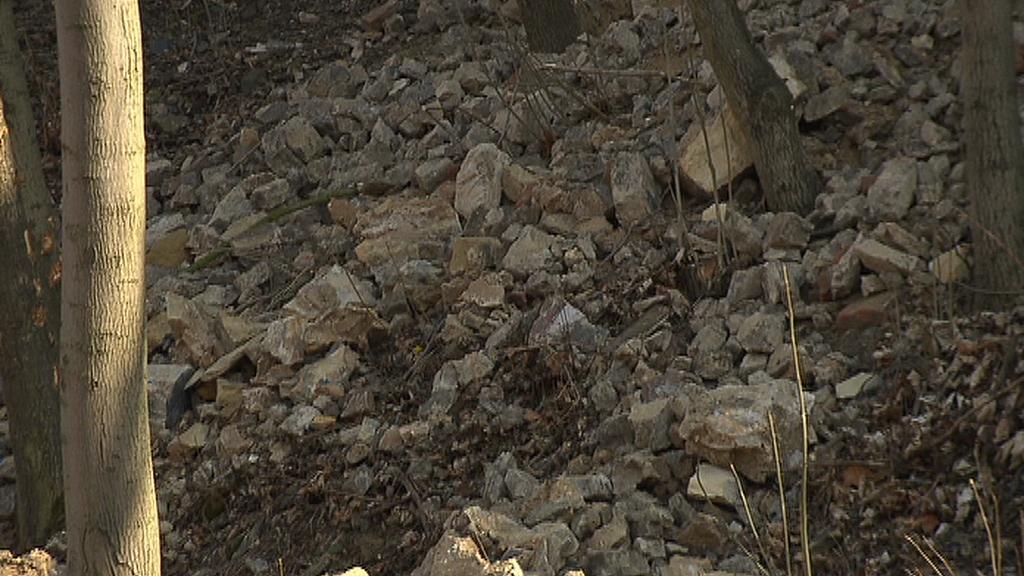 Spadlé kameny
