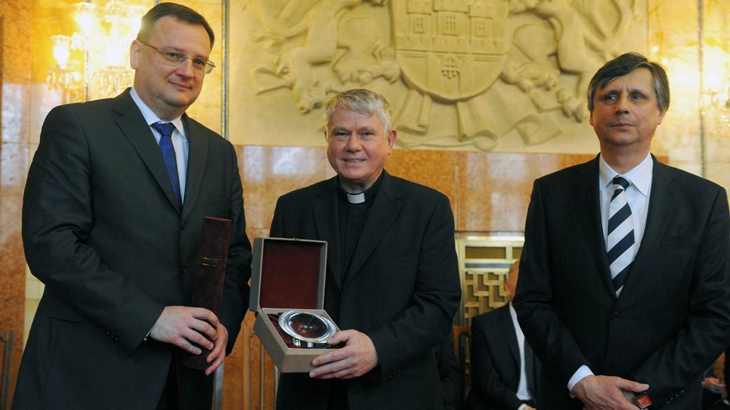Petr Nečas, Václav Malý a Jan Fischer