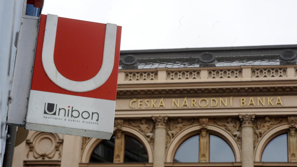 Pražská pobočka zkrachovalé záložny Unibon sousedí s ČNB