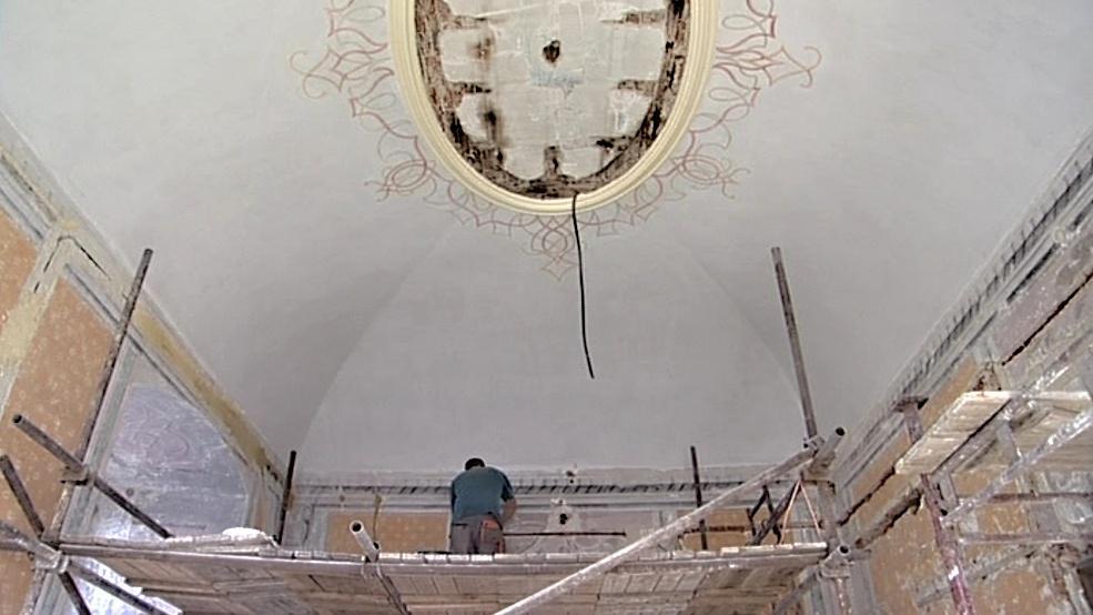 Oprava hraběcího salónu