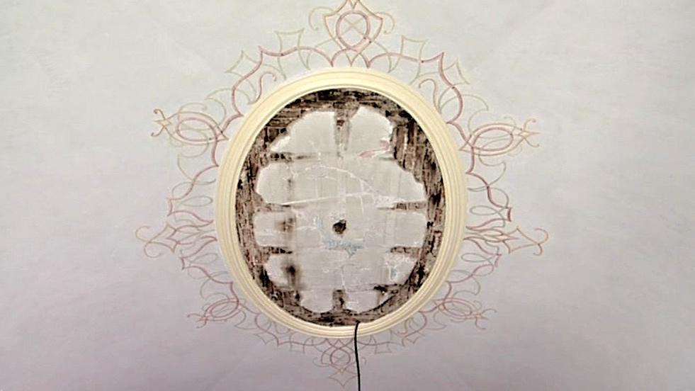 Oprava čeká i strop sálu