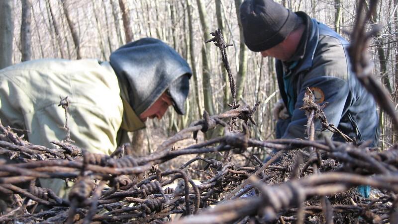 Strážci Národního parku Podyjí odstraňují zbytky železné opony