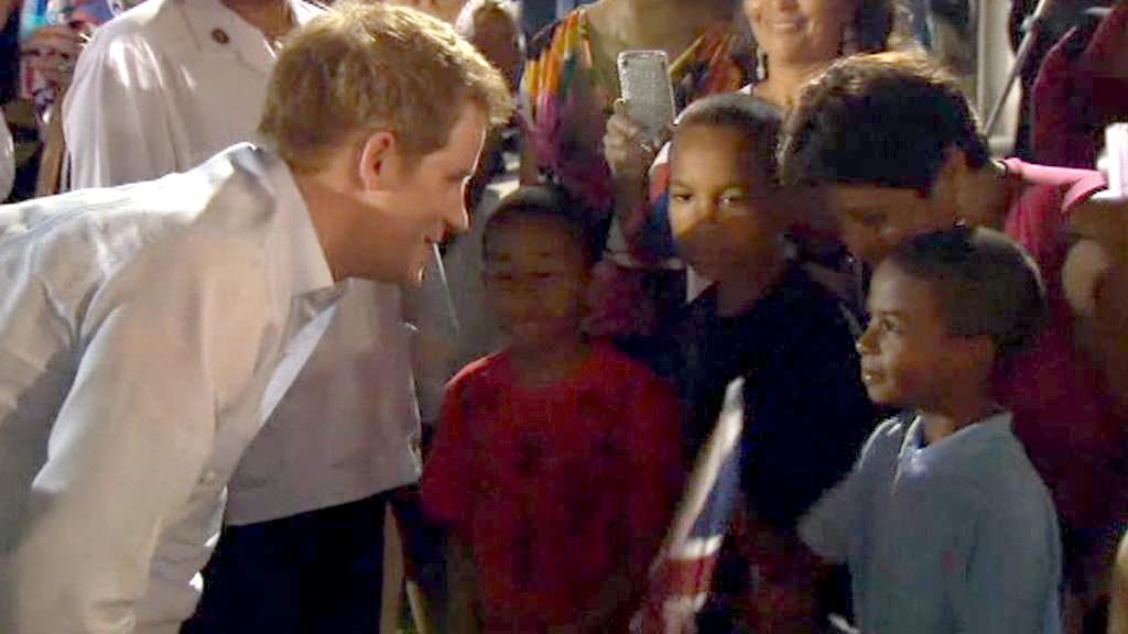 Princ Harry na návštěvě Belize