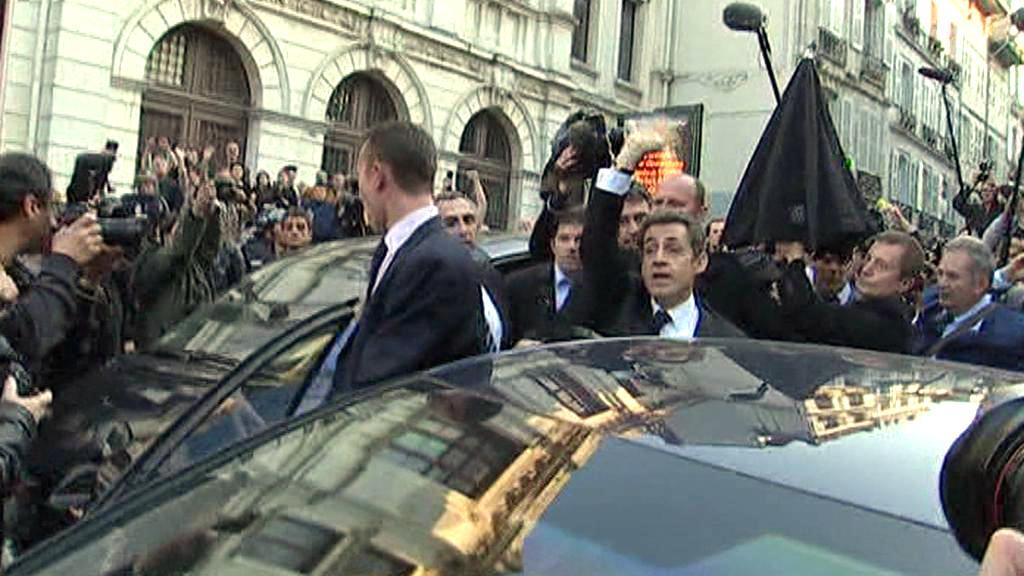Sarkozyho v Bayonne obklíčili demonstranti