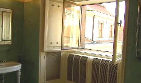 Okno Masarykovy koupelny