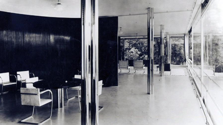 Vila Tugendhat na historickém snímku