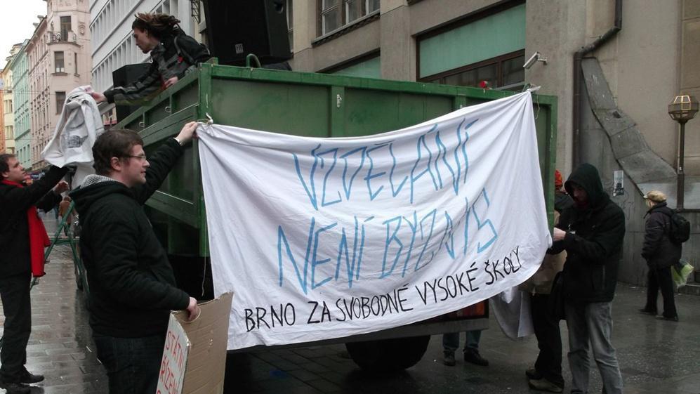 Studenti v Brně se chystají na 2. protestní pochod
