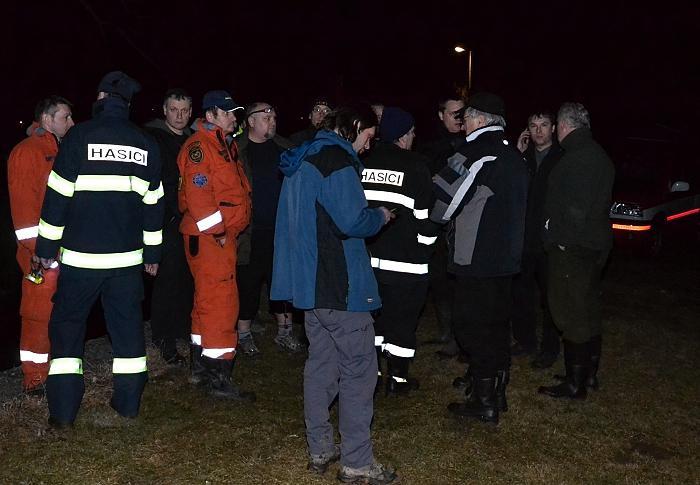 Zvedající se hladina řeky Svratky v sobotu 25. 2. večer v Tišnově