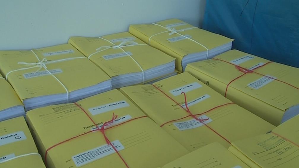 Rekordně velký spis má 80 tisíc stran