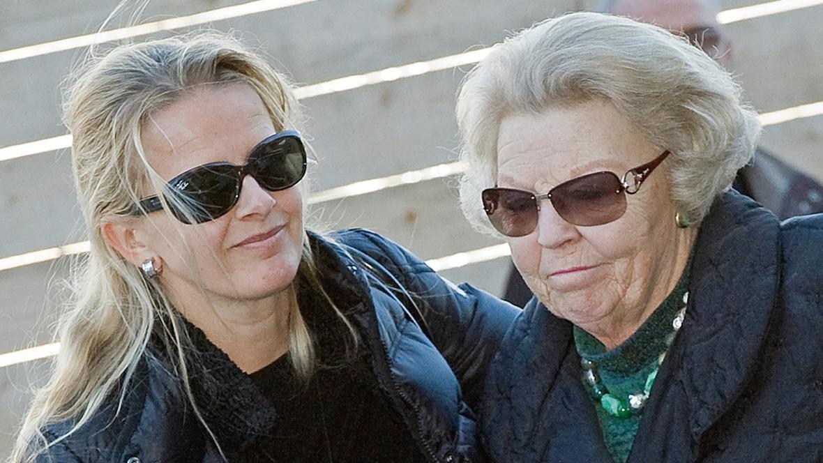 Nizozemská královna Beatrix a princezna Mabel