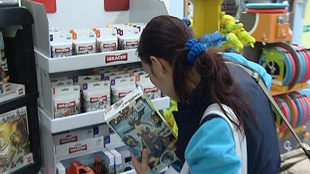 Igráčci znovu na pultech obchodů s hračkami