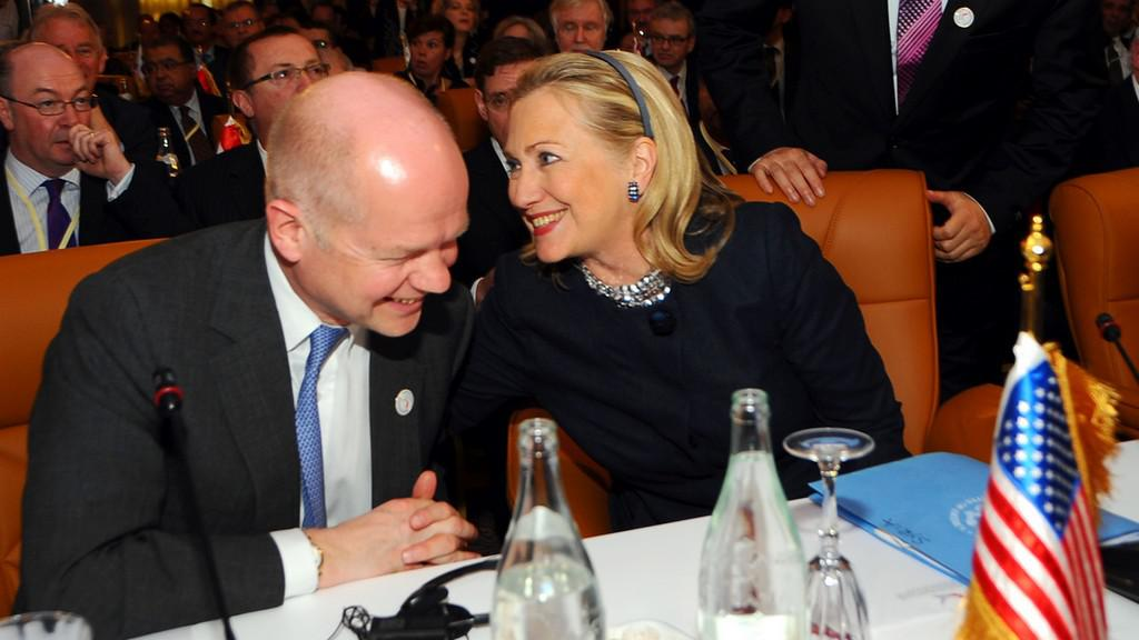 William Hague a Hillary Clintonová