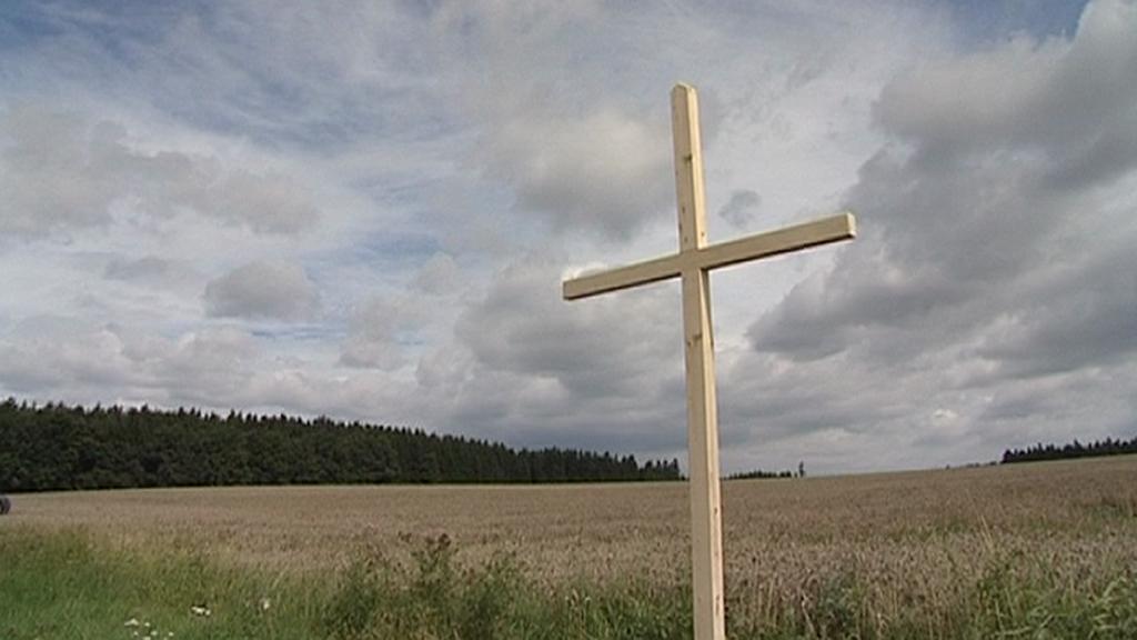Původní dřevěný kříž