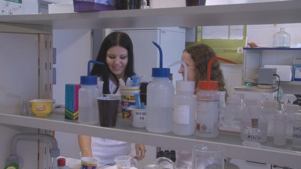 V laboratoři vyrábějí bioplasty