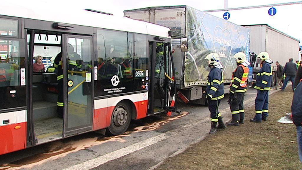 Nehoda v Průmyslové ulici