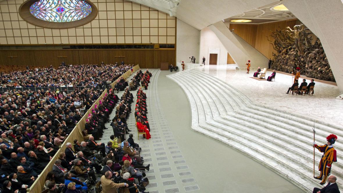 Audience nových kardinálů u papeže Benedikta XVI.