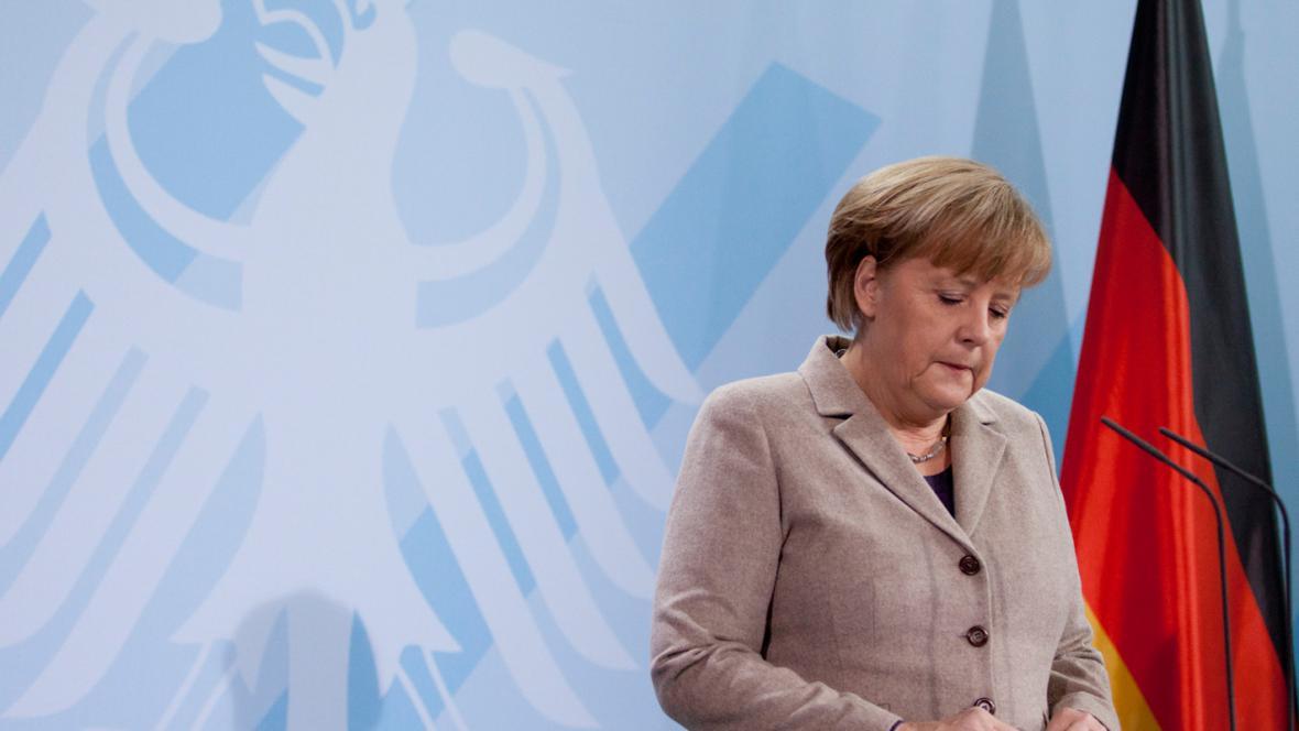 Angela Merkelová při prohlášení k Wulffově rezignaci