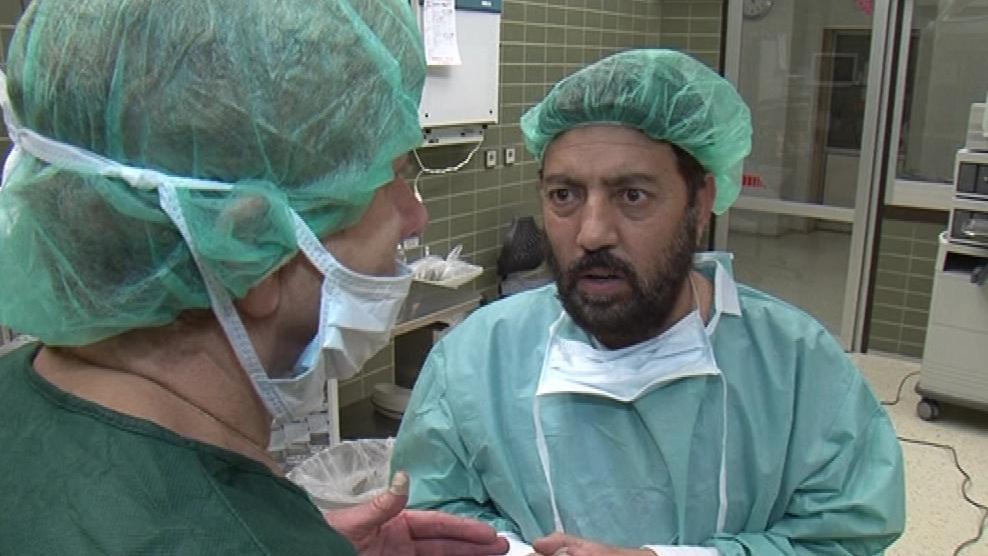 Lékař Nias Ali na stáži v Brně