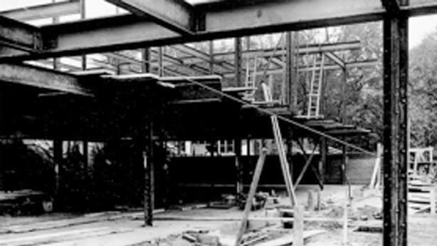 Hrubá stavba vily Tugendhat