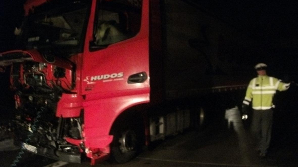 Nehoda zablokovala dálnici D2 u Brna