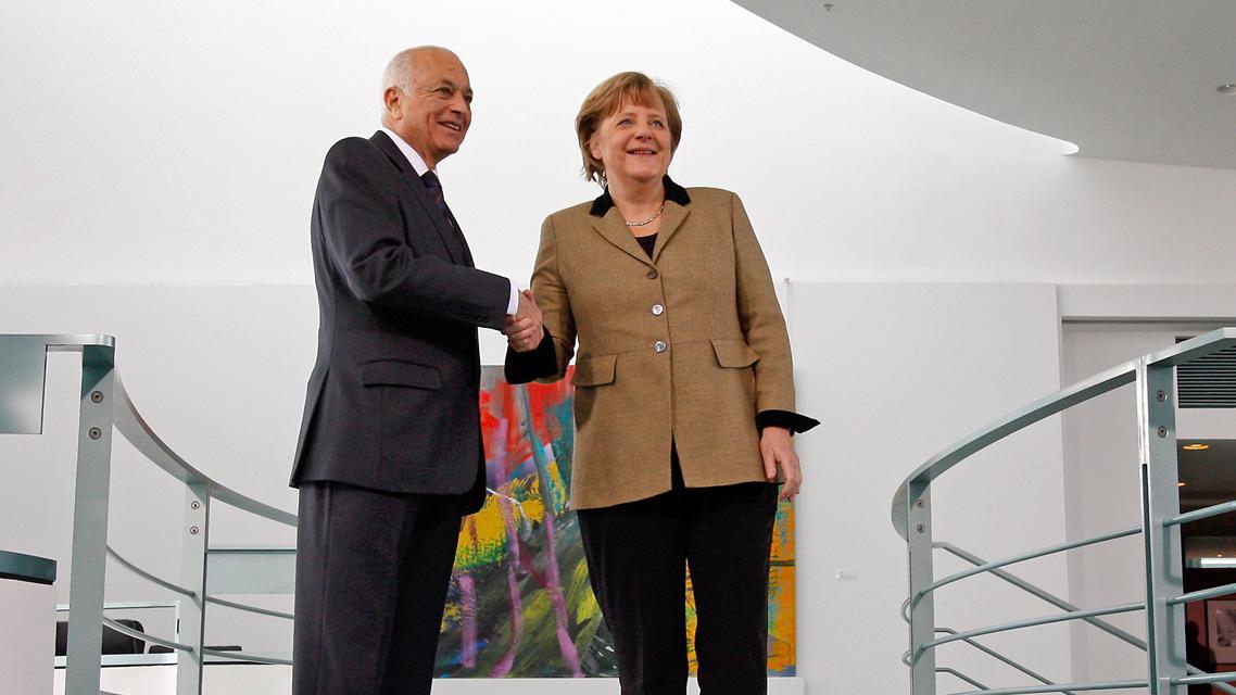 Nabíl Arabí a Angela Merkelová