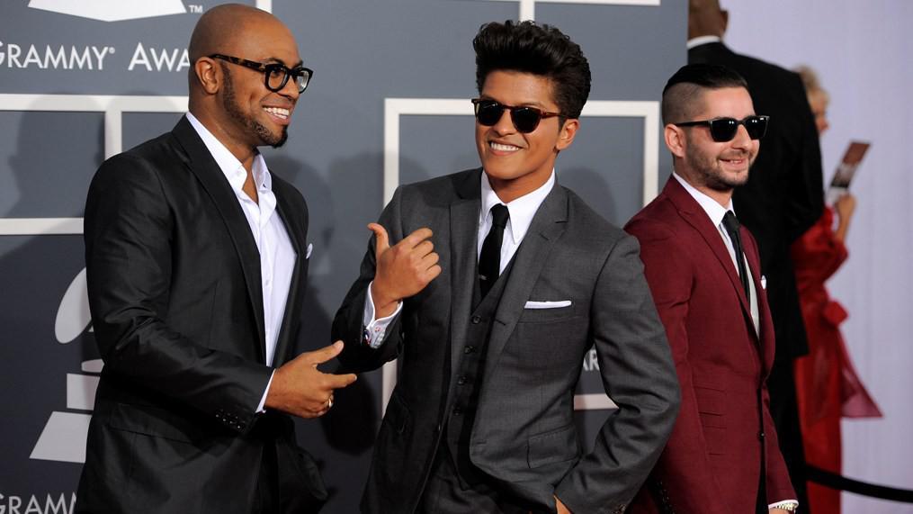 Bruno Mars a The Smeezingtons