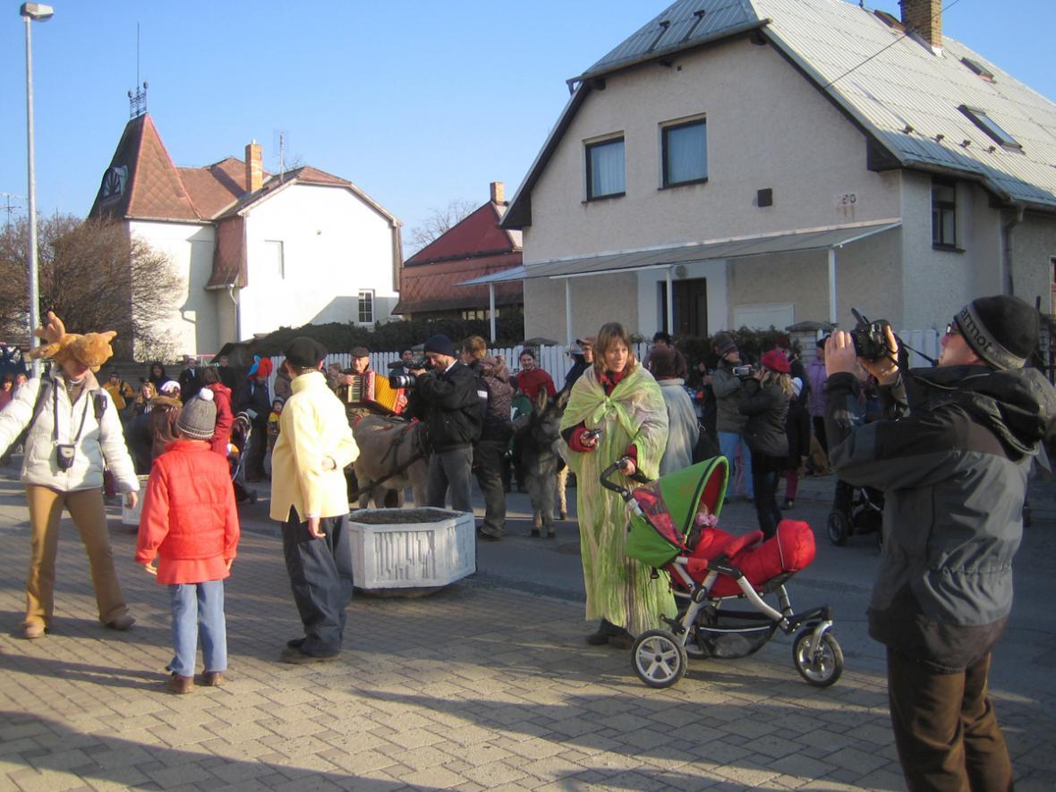 Masopoustní průvod - Horní Počernice